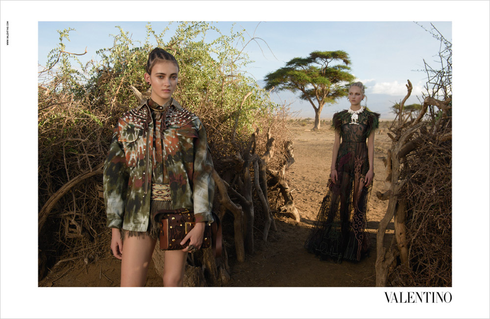 Valentino-Spring-Summer-2016-Steve-McCurry-02