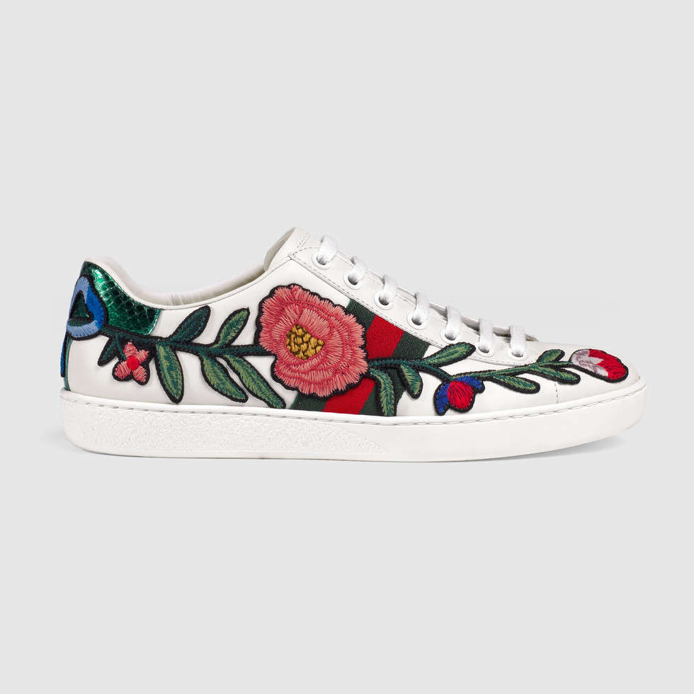 431917_A38G0_9064_001_100_0000_Light-Ace-embroidered-low-top-sneaker