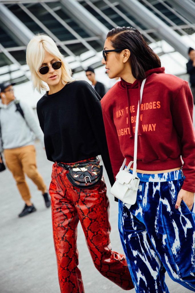 street_style_paris_fashion_week_loewe_christian_dior_688721884_800x