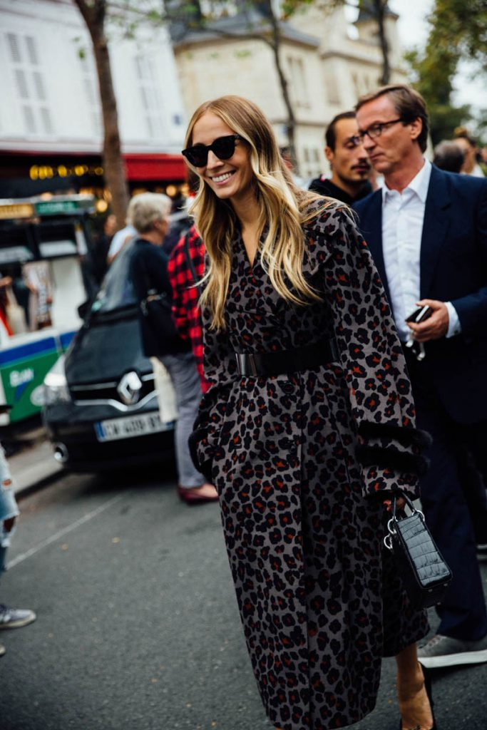 street_style_paris_fashion_week_loewe_christian_dior_979780657_800x