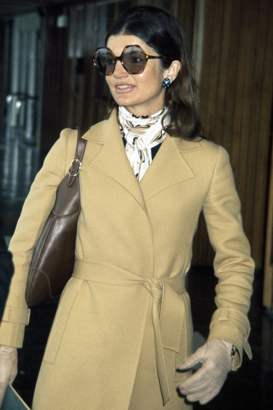 Jacqueline Kennedy Onassis at Heathrow Airport near London, circa June 1971.  (Photo by Paul Popper/Popperfoto/Getty Images)
